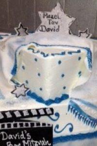 blue-hollywood-cake-2i1